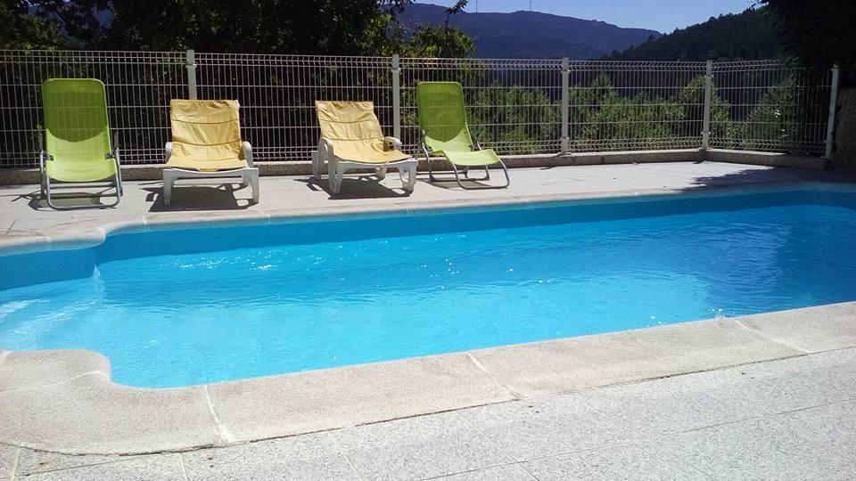 casa de campo ermal piscina