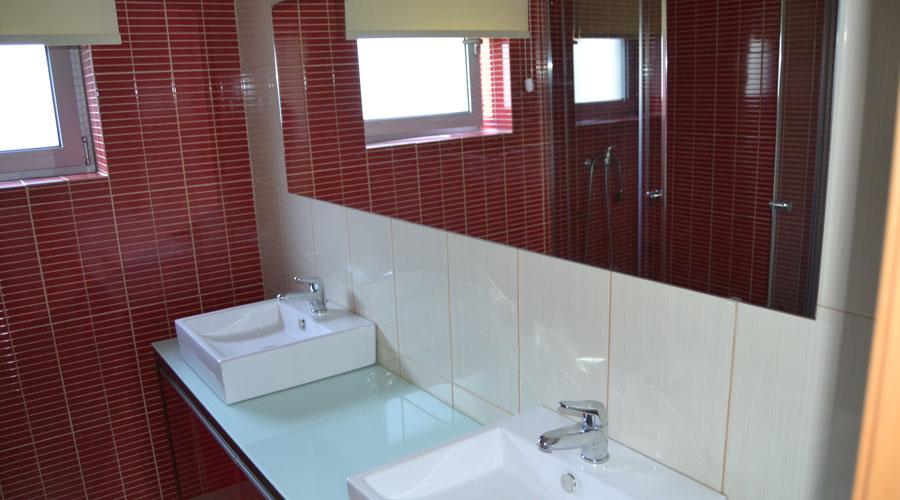 alugar casa geres barragem caniçada wc