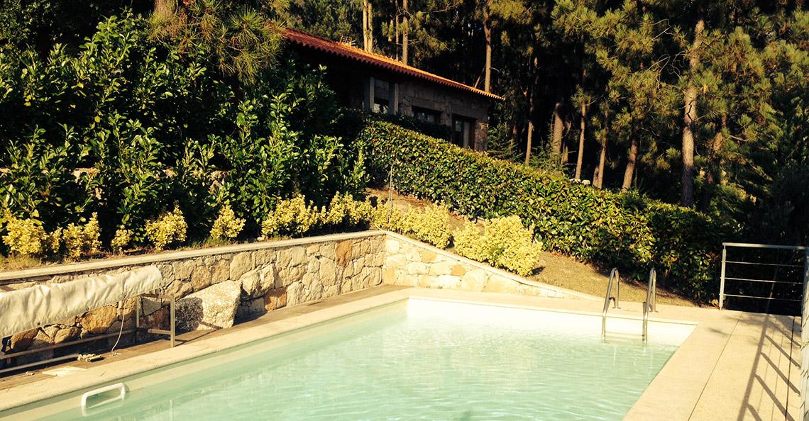 alugar casa vilar ferias geres piscina