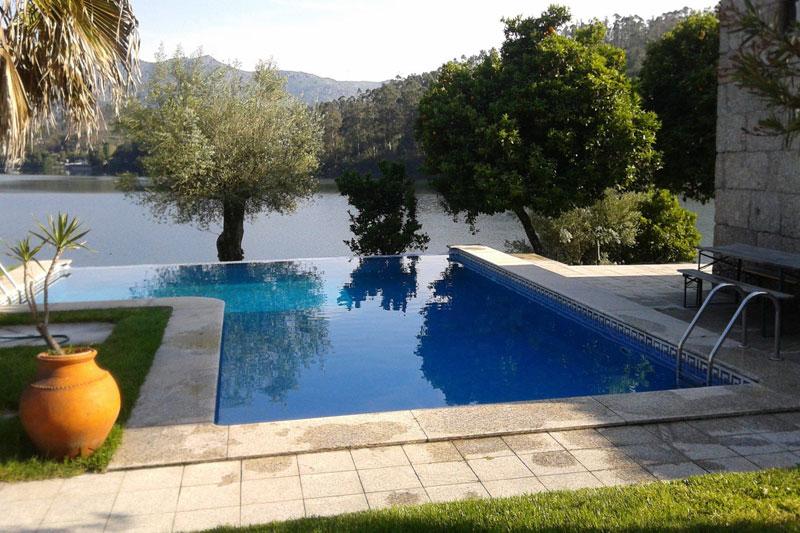 alugar quinta ermal geres piscina