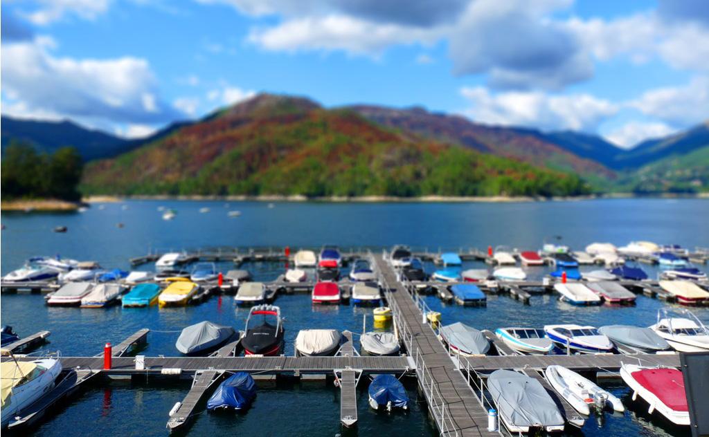 Marina Rio Caldo Caniçada Gerês